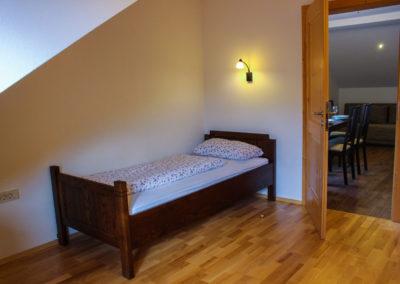 kmetija-cendavs-cerkno-spalnica